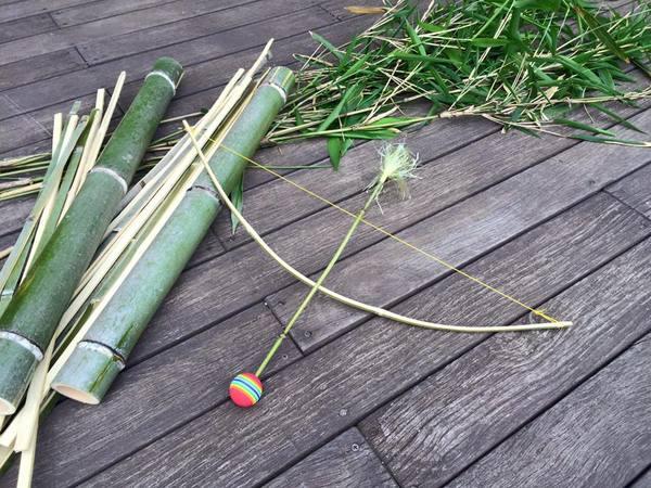 竹の弓矢作りのサムネイル