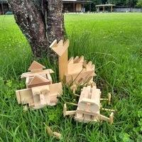 うごく木のおもちゃのサムネイル